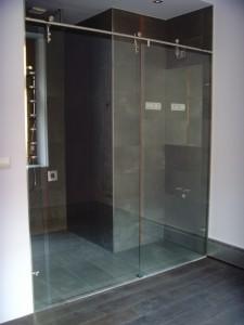 Duschkabine mit Schiebetür